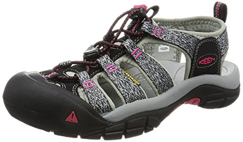 Top 10 Best Hiking Sandals For Women Of 2019 The