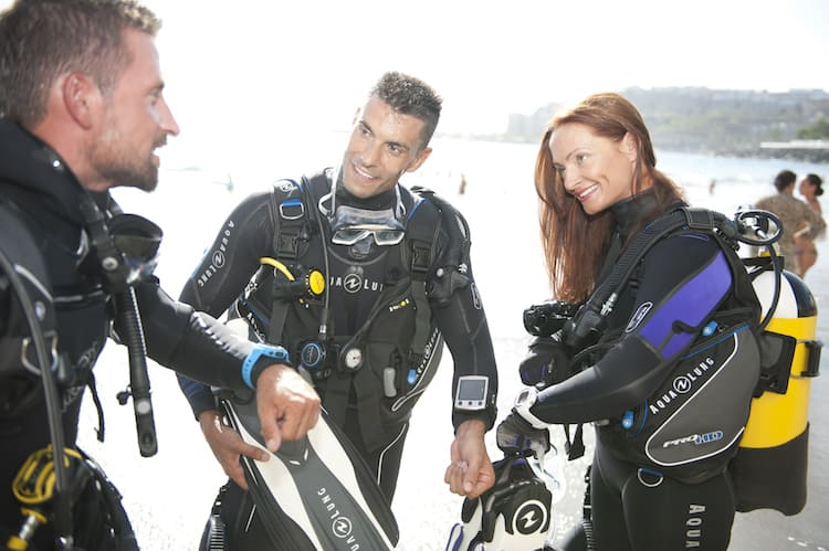 how to get a scuba license