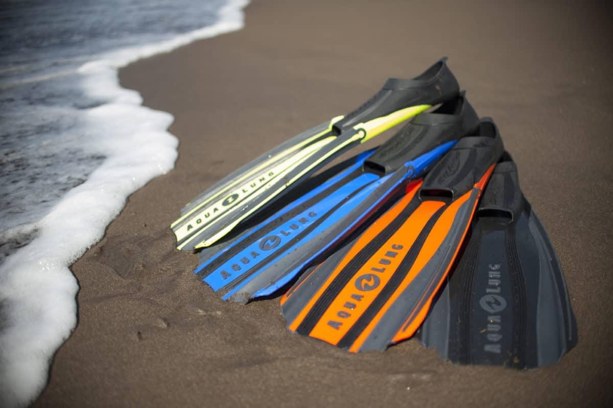 how to choose scuba diving fins