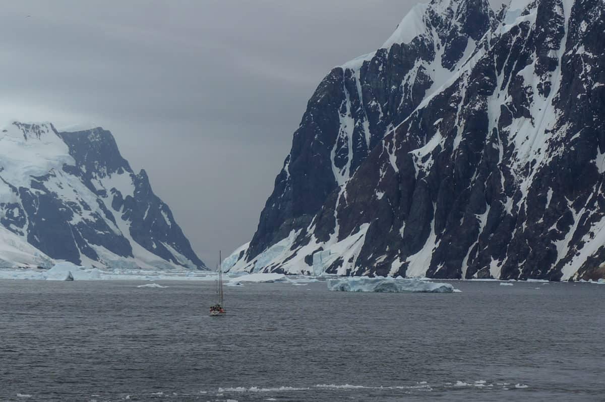 antarctica-sailboat