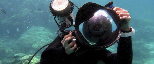 best underwater strobe