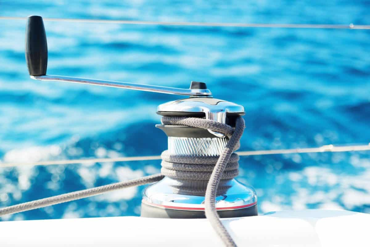 Top 10 Best Sailboat Winches of 2019 • The Adventure Junkies