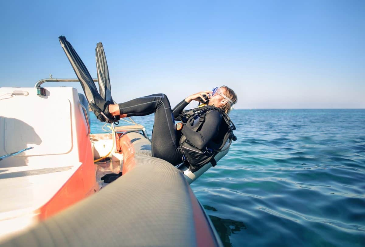 diving liveaboards for single travelers
