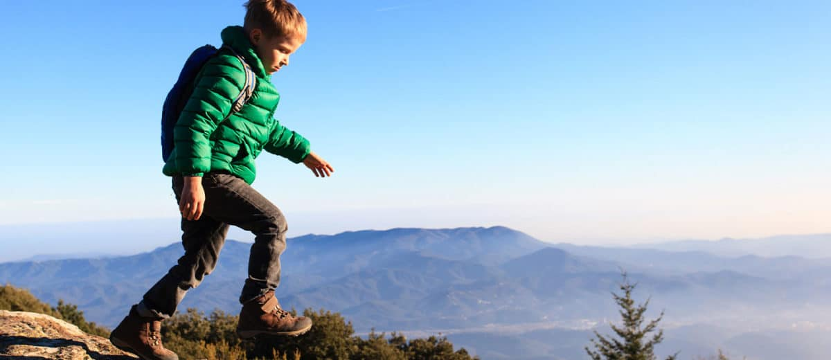 Top 5 Best Hiking Shoes for Kids of 2021 • The Adventure Junkies