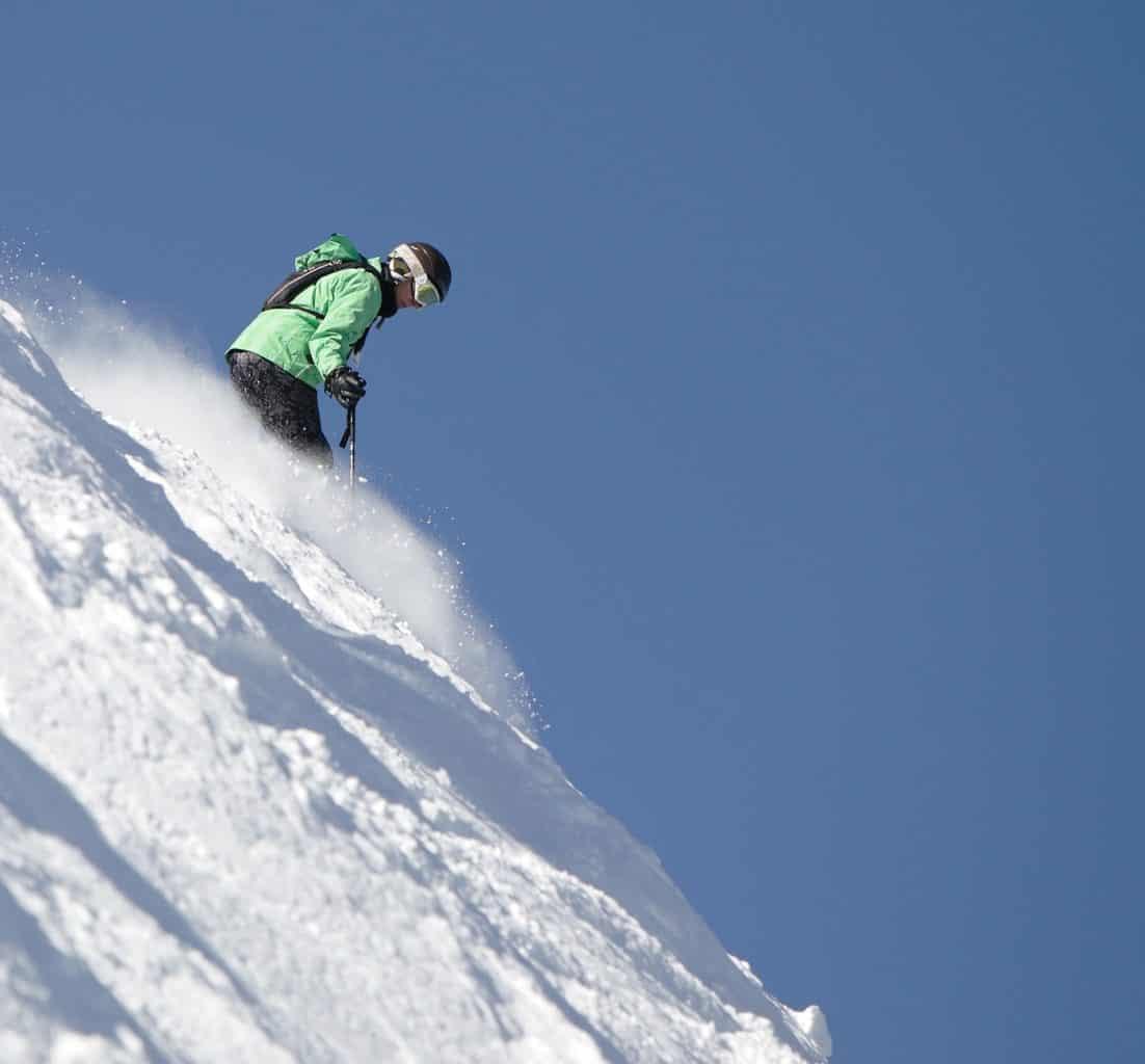 how to ski steep slopes