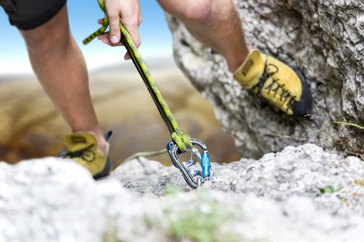 ways to stay safe while climbing