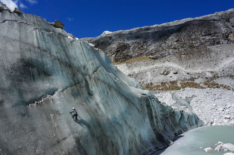IC Amanda Climbing 3 (1 of 1)