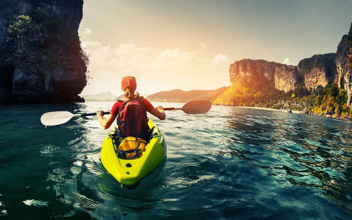 basic kayaking tips and information