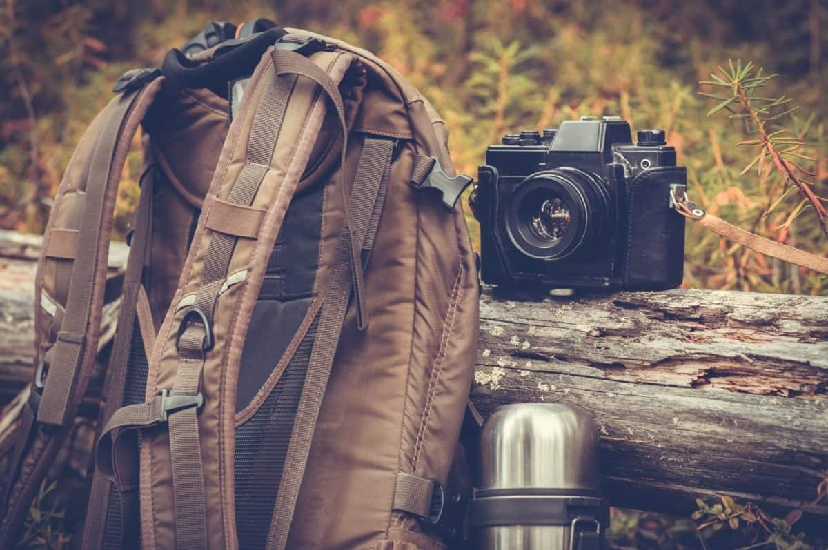 list of outdoor photography equipment