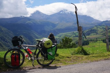 Cycling Ecuador Quilotoa Loop