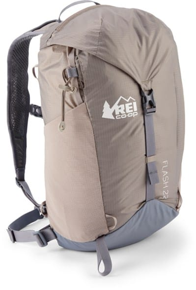 online shop good shop Top 10 Best Day Hiking Backpacks of 2019 • The Adventure Junkies