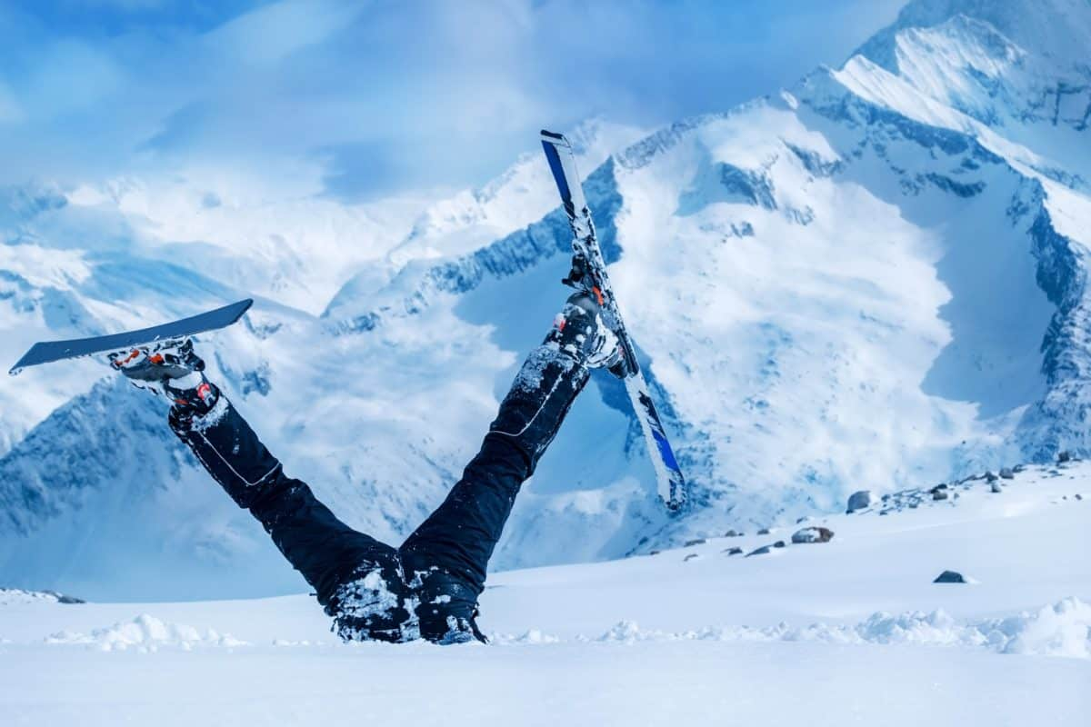 ways to prevent ski and snowboarding injuries