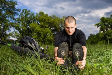 stretching for mountain bikers
