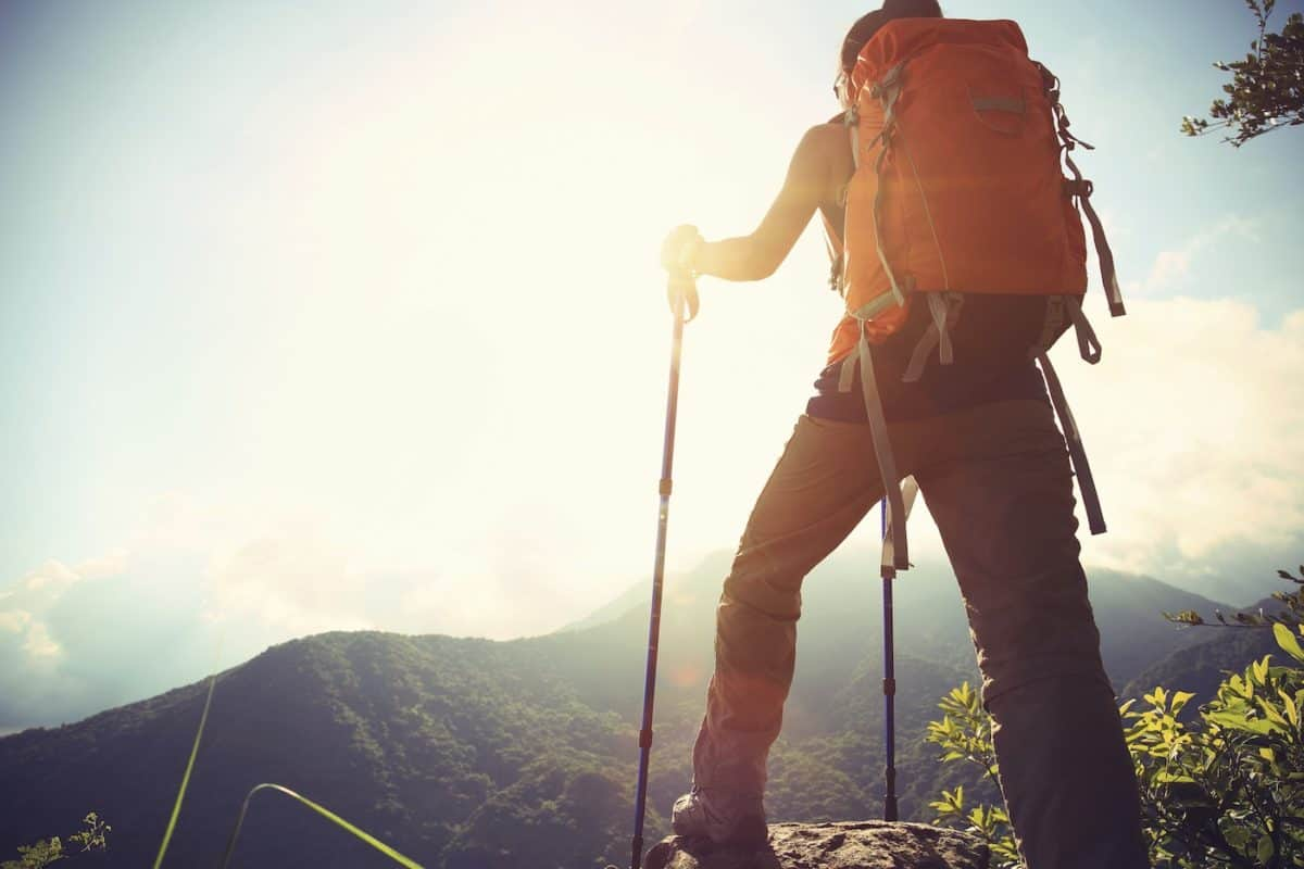 how to use walking poles while hiking